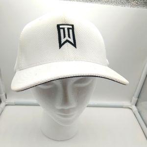 Tiger Woods Nike New Flexfit Cap M/L